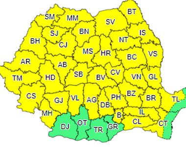 Cod galben de ploi torenţiale şi vijelii în cea mai mare parte a ţării