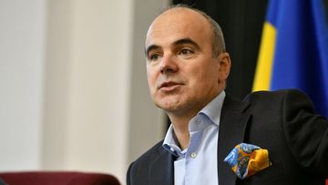 Rareș Bogdan o umilește pe Viorica Dăncilă: Capul meu minte nu are, dar are tupeu, muuuult