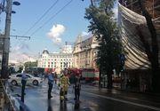 VIDEO   Schele căzute în mijlocul Bucureștului din cauza furtunii. Traficul blocat