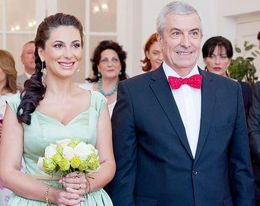 Călin Popescu Tăriceanu câştigă de 5 ori mai mult decât soţia sa! Politicianul i-a...