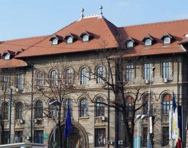 Contractul de management financiar încheiat între primărie şi directorii de şcoli este...