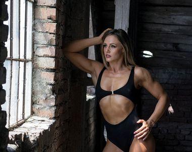 """Ana Otvoș de la Exatlon, sălbatică și rea într-o ședință foto sexy! Războinica """"a rupt""""..."""