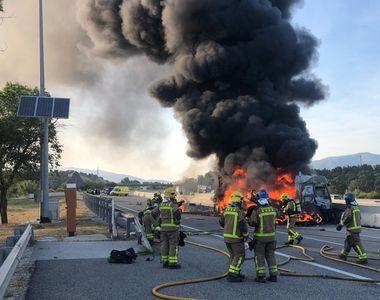 Accident grav. Un șofer român mort în Spania. Nicu a ars în camionul pe care îl conducea