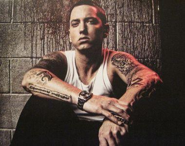 Eminem este în doliu. Tatăl său a murit