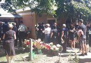 VIDEO| Manuela, mireasă pe ultimul drum. Scene dureroase la înmormântarea tinerei ucise la Bragadiru