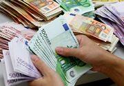 Euro a scăzut!  Lira sterlină, la cea mai mică valoare