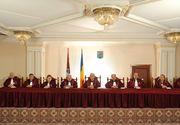 Curtea Constituţională a amânat din nou să se pronunţe asupra sesizărilor cu privire la modificările aduse codurilor penale
