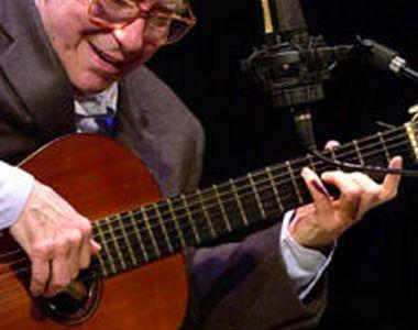 Brazilianul João Gilberto, părintele stilului bossa nova, a murit la vârsta de 88 de ani