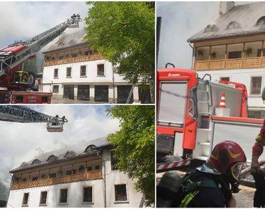 Cauza incendiului de la Mănăstirea Râmeţ a fost un scurtcircuit la un conductor...
