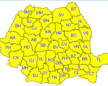 Cod galben de instabilitate atmosferică în întreaga ţară, până la ora 22.00