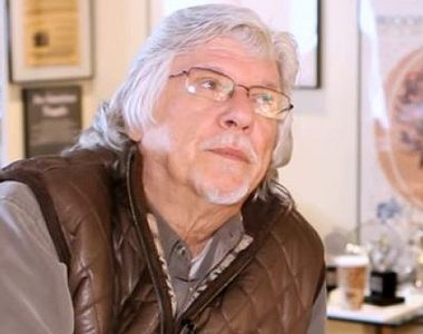 """Scriitorul Martin Charnin, creator al musicalului """"Annie"""", premiat cu Tony, a murit la..."""
