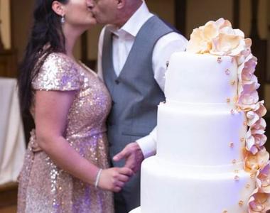 S-a căsătorit românul desfigurat cu acid sulfuric de fosta iubită în somn. Cine e aleasa