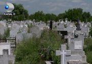 VIDEO | Tranzacții ilegale cu locuri de veci. Cei care le scot la vânzare cer mii de euro