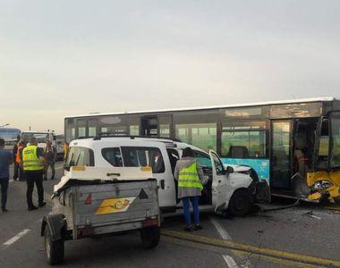VIDEO   Accident cumplit în Aeroportul Otopeni! Patru oameni au ajuns la spital după ce...