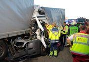 Accident grav pe o autostradă din Germania! Un român a fost găsit strivit în cabina camionului pe care îl conducea