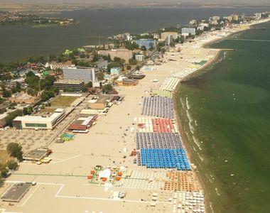 Protest la Constanța pentru că că şezlongurile de pe plaje nu sunt amplasate corespunzător