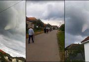 Alertă maximă! Tornadă în Arad! O femeia a fost luată pe sus