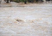 Cod galben de inundaţii în zece judeţe, în următoarele ore; hidrologii avertizează că ar putea fi depăşite cotele de atenţie pe mai multe râuri