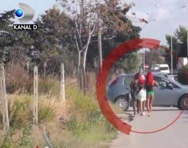 VIDEO | Un jurnalist italian a fost la un pas sa fie linsat de prostituatele romance