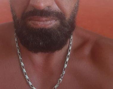 Salvamar rupt în bătaie de un turist străin, în Costineşti, în timp ce încerca să...