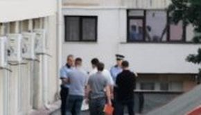Sinucidere bizară la un hotel. Un angajat al Ministerului Transporturilor s-a aruncat dezbrăcat de la etaj