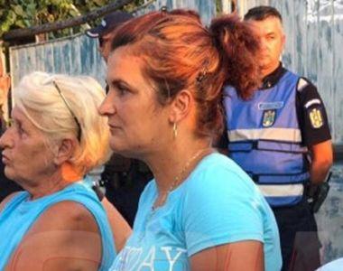 """Mama Mihaelei, declaraţii sfâşietoare în faţa casei presupusului criminal: """"N-am..."""