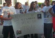 """""""Alo 112! Sunt Alexandra şi vreau să trăiesc!"""" - Protest al colegilor de liceu ai Alexandrei"""