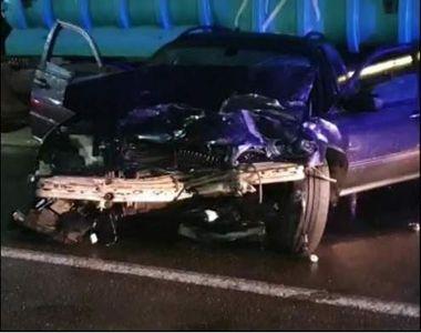 O femeie a murit şi alta a fost grav rănită într-un accident rutier. Unul dintre...