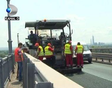 VIDEO | Reparații la Podul Prieteniei, în plin sezon turistic. Explicațiile oficialilor...