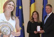 VIDEO | Simona Halep, decorată de Klaus Iohannis. Apariție-surpriză la Palatul Cotroceni
