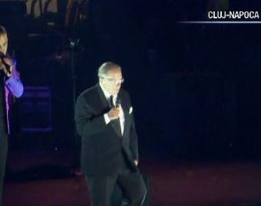 VIDEO | Robbie Williams, în duet cu tatăl său, la Untold