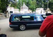 Trupul neînsuflețit al lui Marcel Toader a fost adus la Cimitirul Bellu. Fiul său, copleșit de durere - IMAGINI ÎN EXCLUSIVITATE