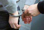 Adolescent din Galaţi, reţinut după ce a lovit cu un lemn un bărbat care stătea pe o bancă şi i-a furat telefonul şi banii