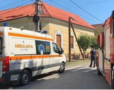 Accident de muncă la Timişoara: Doi muncitori care lucrau pe un stâlp s-au...