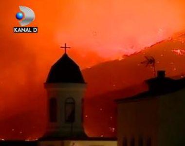 VIDEO   Incendiu de proporții într-o zonă turistică din Spania. 1.000 de oameni, evacuați