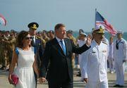 Preşedintele Klaus Iohannis a făcut baie de mulţime la plecarea de la ceremoniile de Ziua Marinei - FOTO