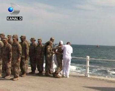 VIDEO | Spectacol, dar și emoții de Ziua Marinei. Un militar american a leșinat