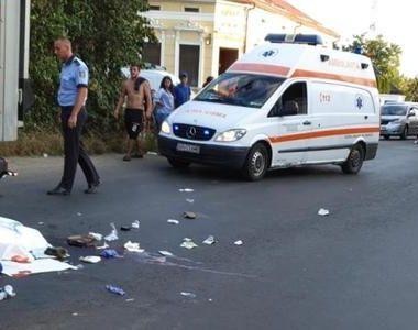 Un copil de 6 ani şi o femeie de 30 de ani, loviţi de un TIR pe o trecere de pietoni...