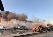 Incendiul de la depozitul de materiale reciclabile din Buzău a fost provocat de scântei de la o presă de balotat aflată în curtea firmei