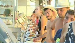 VIDEO | Mini-vacanța s-a terminat pentru cei peste 200.000 de turiști sosiți pe litoralul românesc