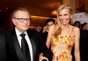 Vedeta de televiziune Larry King divorţează de a şaptea soţie după 22 de ani de mariaj