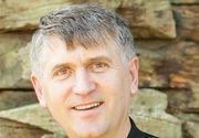 Au trecut doi ani de la caterisirea lui Cristian Pomohaci! Cum s-a schimbat viața fostului preot din Moșuni acuzat de hărțuire sexuală a unui minor