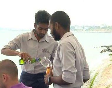 VIDEO | Ospătari din Sri Lanka, pe litoralul românesc