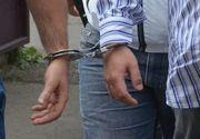 Trei bărbaţi, reţinuţi pentru lipsire de libertate în mod ilegal şi viol asupra a doi copii! Ancheta, începută după ce poliţiştii au analizat rezultatele percheziţiei informatice dintr-un alt dosar