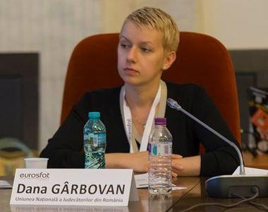 Judecătoarea refuzată de Klaus Iohannis pentru funcţia de ministru al Justiţiei are o...
