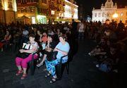Central European Film Festival Timișoara: Zeci de cinefili s-au strâns în prima seară de proiecții, în Piața Unirii din Timișoara
