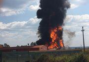 Vâlcea: Explozie urmată de incendiu la o societate de preparare lacuri şi vopsele în Mihăeşti; se degajă fum toxic