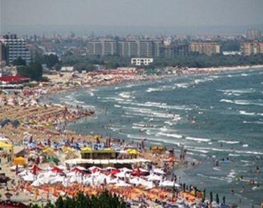 """Programul """"Litoralul pentru toţi"""" începe astăzi; turiştii se pot caza la mare..."""