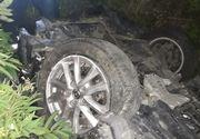 Accident în Vâlcea: Doi adulţi şi doi copii, la spital după ce s-au răsturnat cu maşina pe DN 7