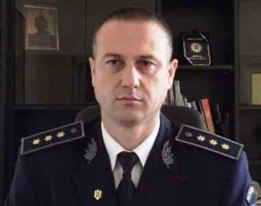 Fratele lui Alexandru Cumpănaşu s-a dus la shopping cu maşina Poliţiei de Frontieră!...